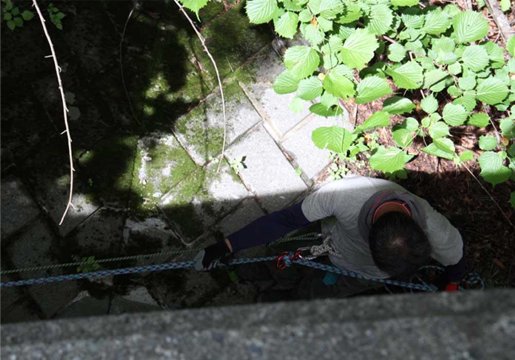 7月15日 三峰川 懸垂下降(3)