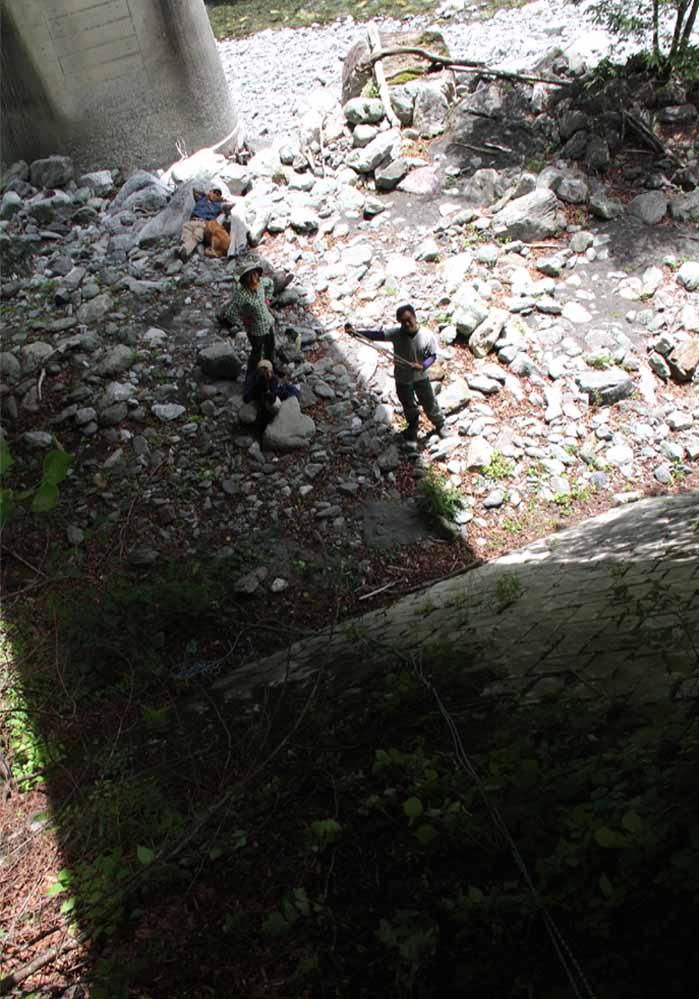 7月15日 三峰川 懸垂下降(7)