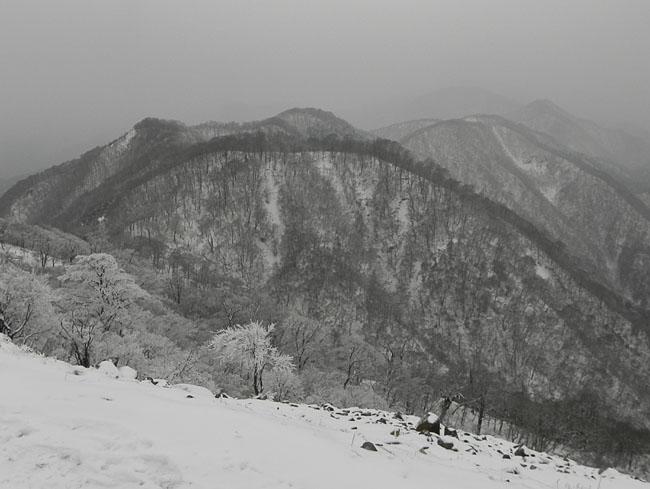 A006-14-15:39鍋割山