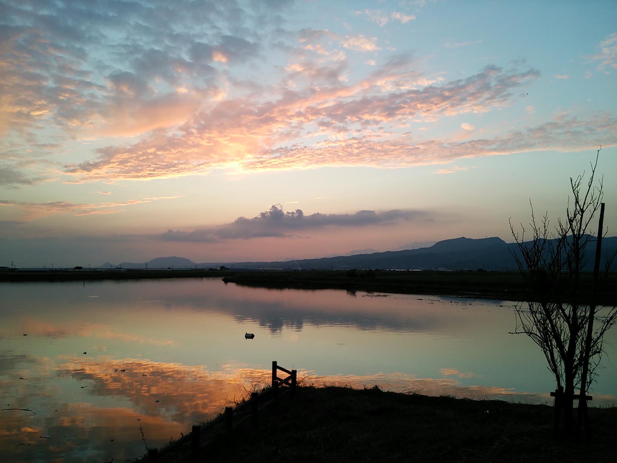 氷川の夕日