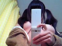 ツインテール少女の自分撮りヌード画像