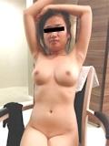巨乳な彼女の流出ヌード画像 9
