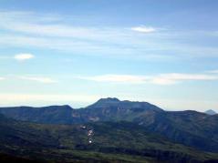 北海岳から見るトムラウシ