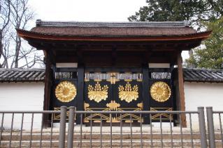 醍醐寺-三宝院唐門