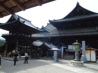 長谷寺-本堂横
