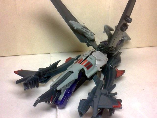 AM-07 スタースクリーム04