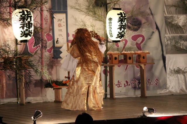 mitake-kagura_572.jpg