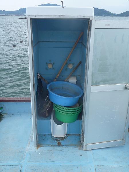 三野津湾(須田)カセのトイレ