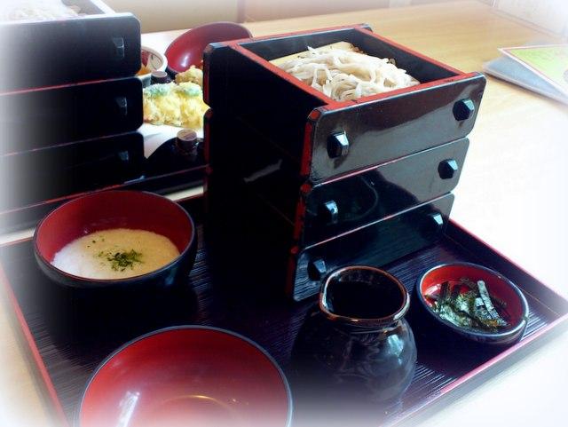 十和田市 麺食処 あんじん亭 ざるっこそば