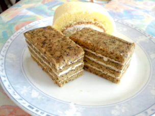 柳屋の試作ケーキ