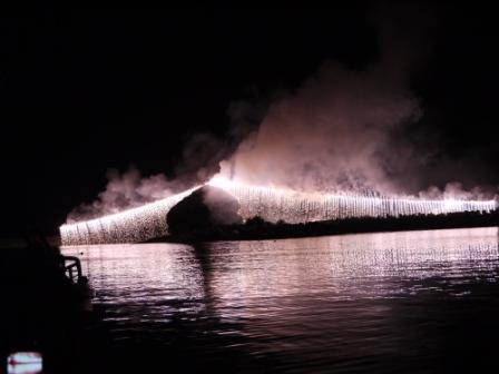 高島漁港追悼花火