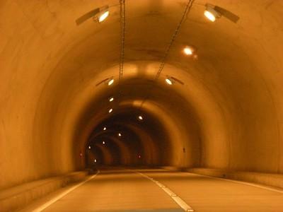 7-2トンネル内部