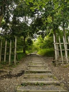 笹尾山へ登ります。