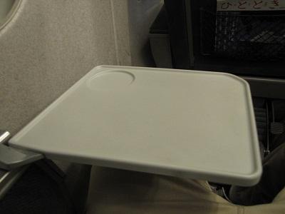 2012_0817_163852-IMG_9164 側テーブル