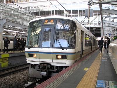 2012_0219_103556-IMG_0269 221系福知山線快速