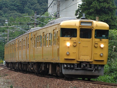 2012_1014_124138-IMG_7471 115系ヒロL21 川上西トンネル