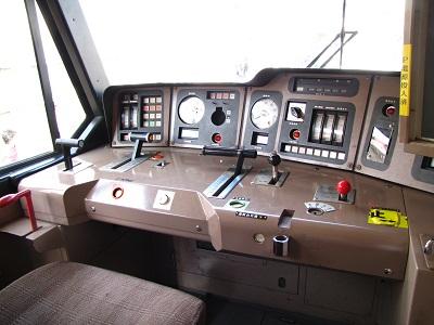 2012_1028_121035-IMG_9681 EF510-6運転台