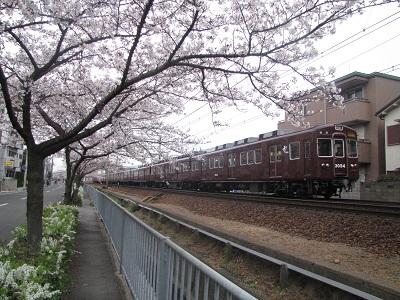 2011_0407_072937-IMG_0519 阪急3054F