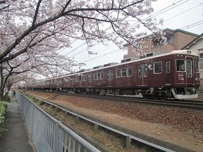 2011_0407_073634-IMG_0540 阪急5001F