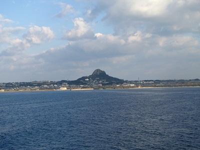 2012_1119_080730-IMG_0189 伊江島