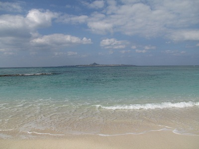 2012_1119_110551-IMG_0239 海洋博公園内の砂浜
