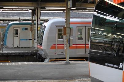 2012_1222_145857-IMG_0757 中野駅の日常