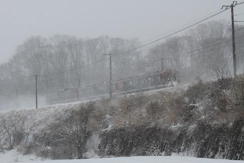 しなの鉄道115系(雪煙)