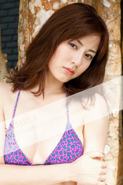 wani books gravure collection 2013 July Yumi Sugimoto