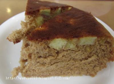 さつまいもと黒糖のケーキ