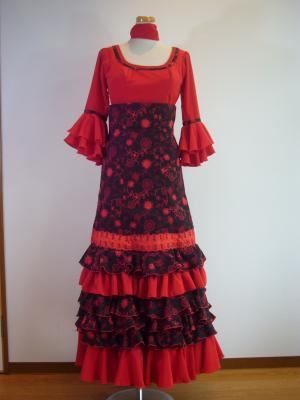 赤ブラ&黒赤刺繍 前