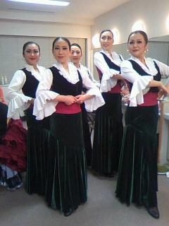 okada舞踊団