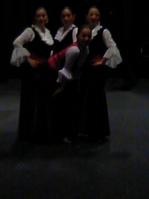 ファルーカ舞踊団