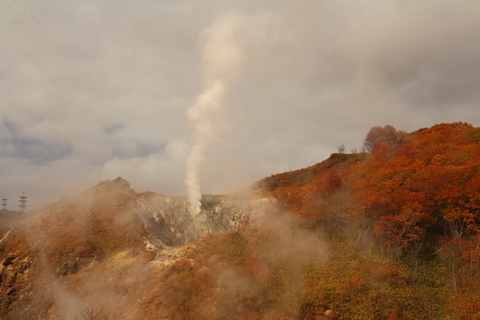 2012.10,30登別温泉の紅葉005