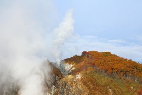2012.10,30登別温泉の紅葉004