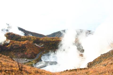 2012.10,30登別温泉の紅葉001