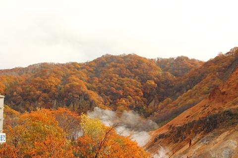 2012.10,30登別温泉の紅葉008