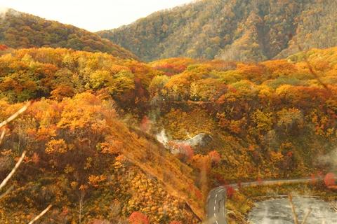 2012.10,30登別温泉の紅葉007