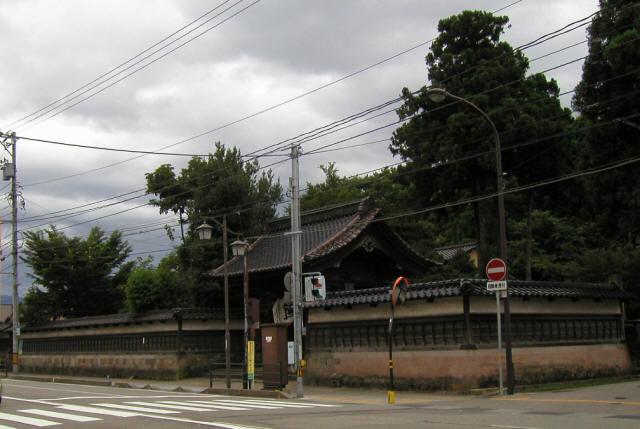 金沢「寺町台」6
