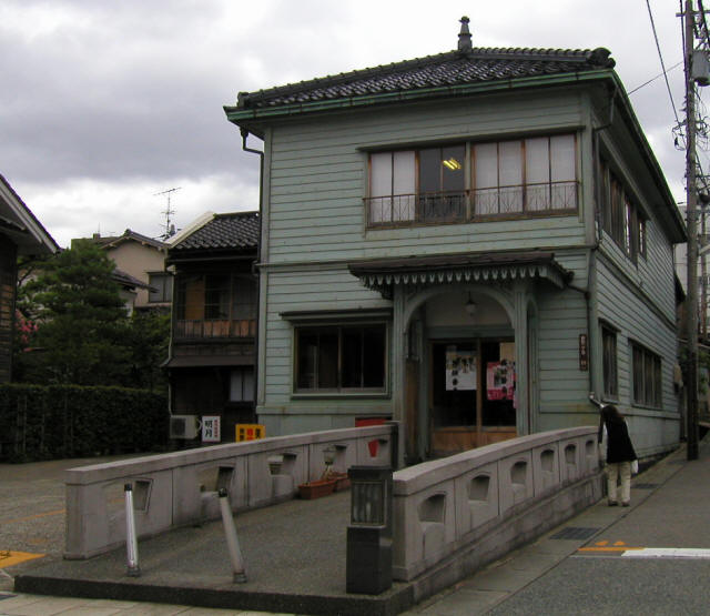 金沢「寺町台」b