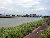 中川と潮止橋