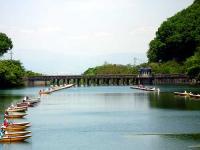 間瀬湖の堰提