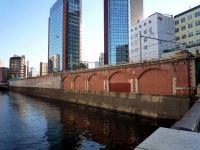 赤煉瓦アーチ
