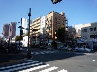 「十番稲荷神社」と六本木ヒルズ