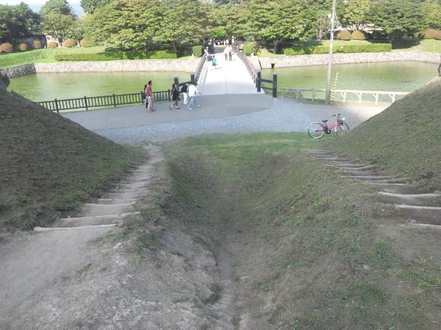 半月堡からの二の橋