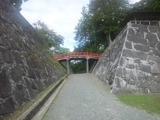 本丸と二の丸の橋