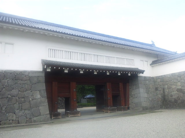 二の丸東大手門