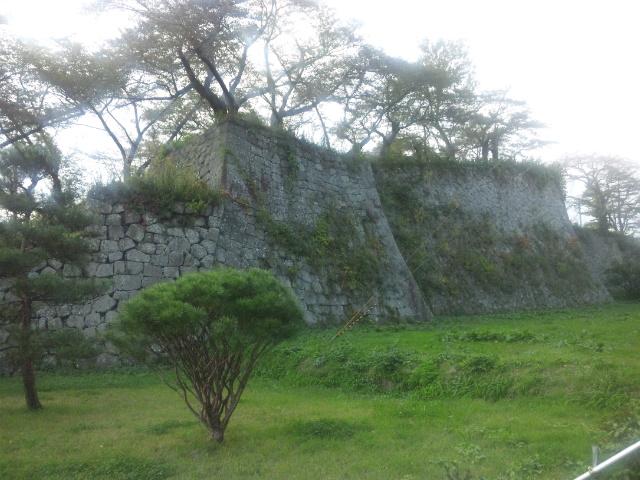 北東の石垣