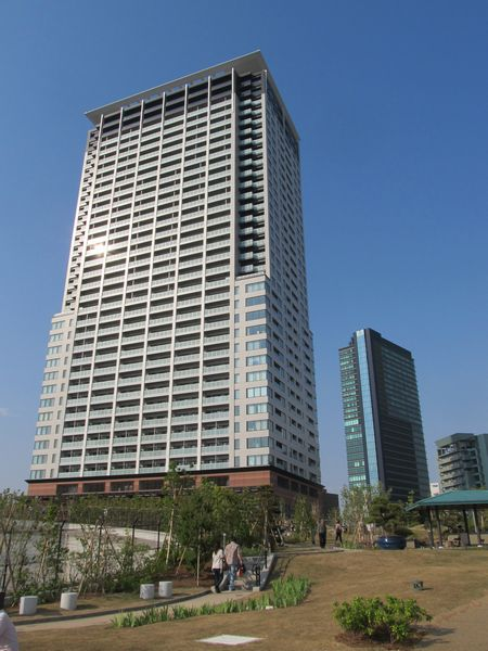 クロスエアタワーと目黒天空庭園