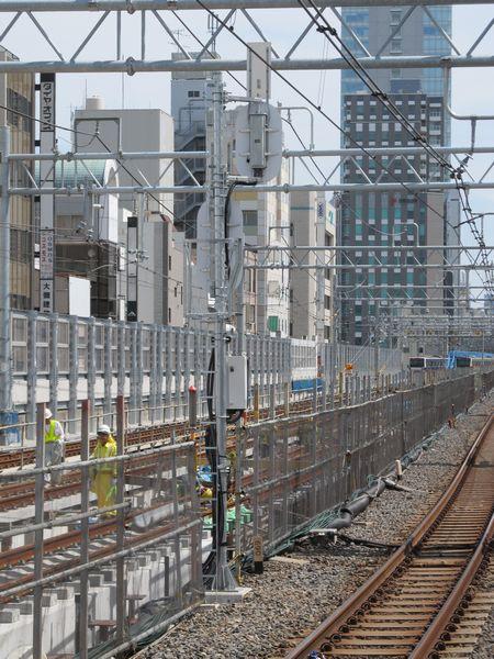 御徒町駅の東京方に設置された上野駅第2場内信号機