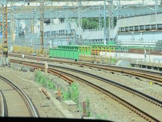 山手線内回り電車の前面展望。東海道線引上げ線の改修工事はほぼ完了した。